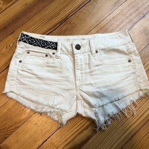 AEO shorts size 2 NWT.